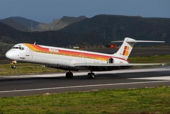 EC-FIG - Iberia McDonnell Douglas MD-88
