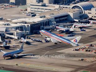 N335AA - American Airlines Boeing 767-200