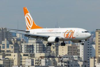 PR-GOA - GOL Transportes Aéreos  Boeing 737-700