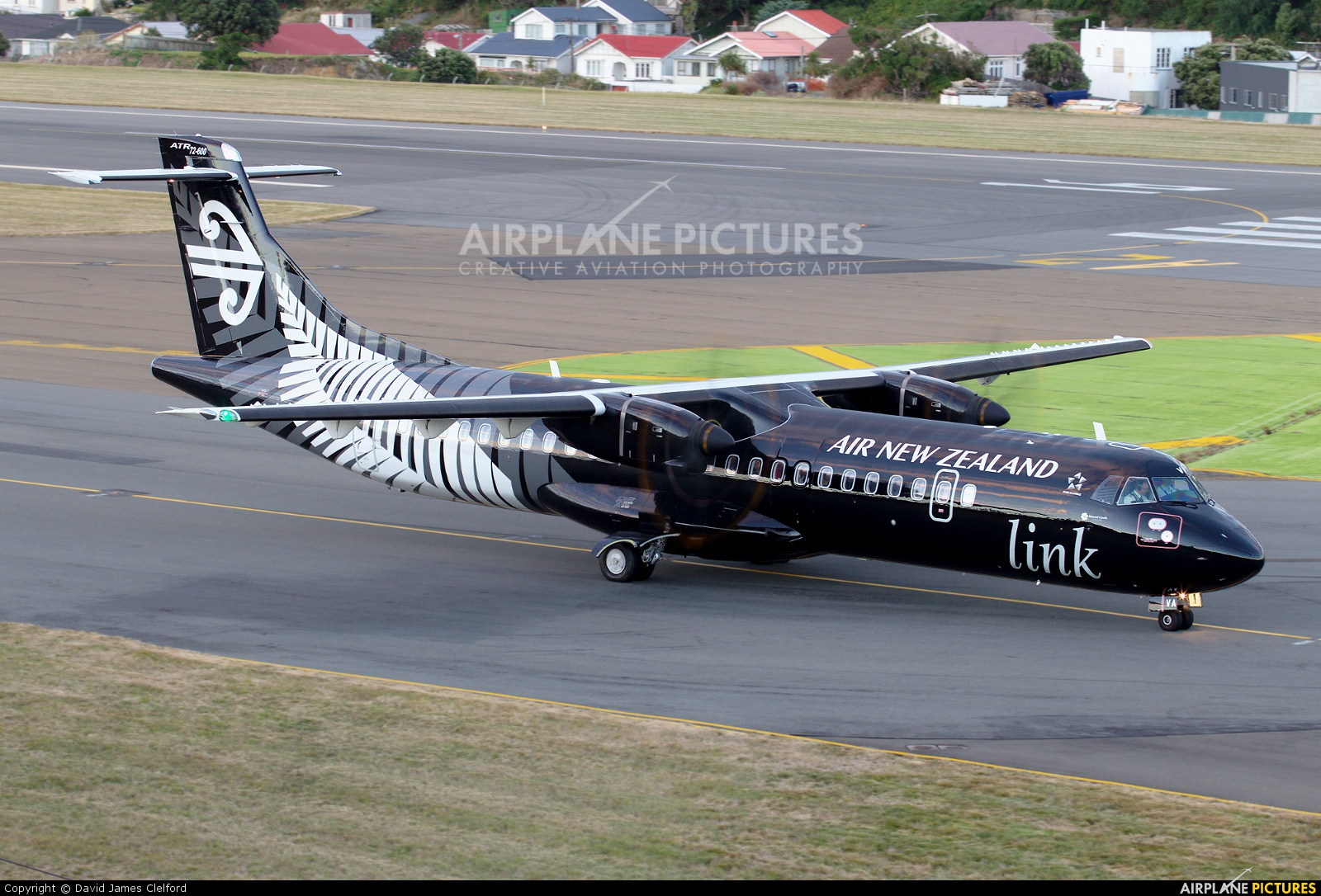 Air New Zealand Link - Mount Cook Airline ZK-MVA aircraft at Wellington Intl