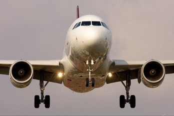 N990TA - TACA Airbus A319