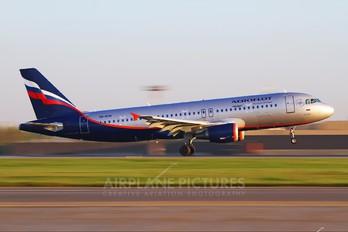 VQ-BCM - Aeroflot Airbus A320