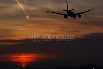 D-AALC - AeroLogic Boeing 777-200F