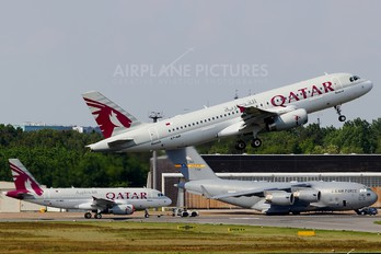 A7-AHI - Qatar Airways Airbus A320