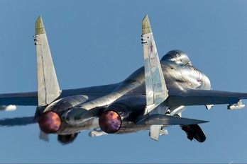 32 - Russia - Air Force Sukhoi Su-27
