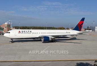 N190DN - Delta Air Lines Boeing 767-300