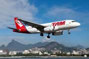 PR-MAQ - TAM Airbus A319 aircraft
