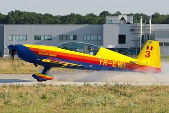 YR-EWI - Romanian Airclub Extra 300L, LC, LP series