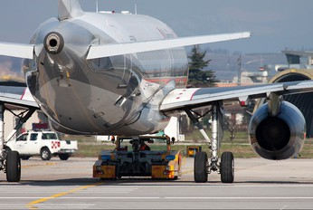 I-EEZP - Eurofly Airbus A320