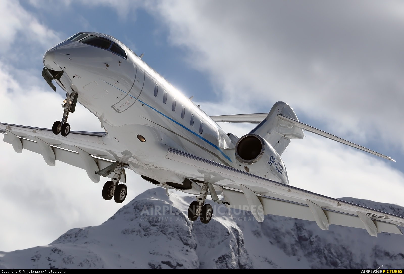 Blue Jet SP-CON aircraft at Samedan - Engadin