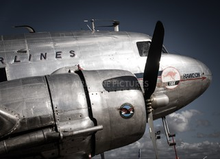 VH-AES - Private Douglas DC-3