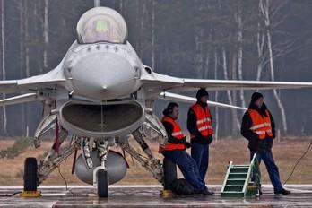 4081 - Poland - Air Force Lockheed Martin F-16D Jastrząb