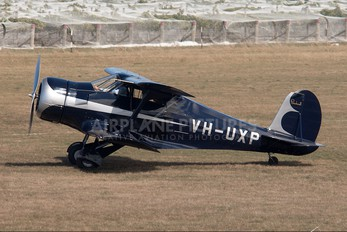 VH-UXP - Private Beechcraft 17 Staggerwing