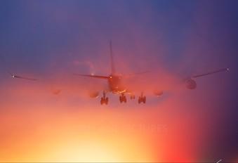 - - Thai Airways Airbus A340-600