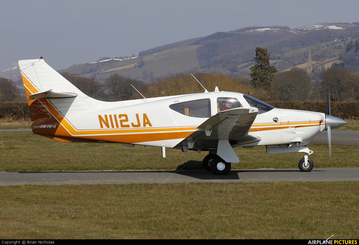Private N112JA aircraft at Welshpool