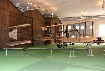 - - Private Caproni Ca.1