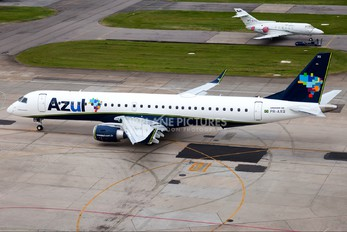 PR-AXQ - Azul Linhas Aéreas Embraer ERJ-195 (190-200)