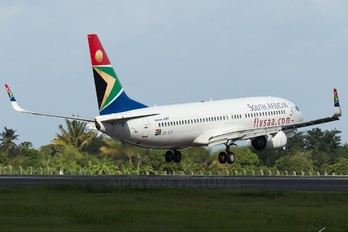 ZS-SJF - South African Airways Boeing 737-800