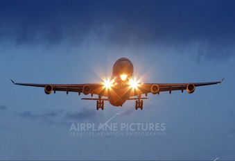 - - Swiss Airbus A340-300