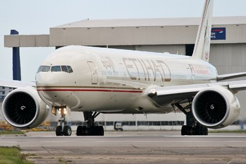 A6-ETK - Etihad Airways Boeing 777-300ER