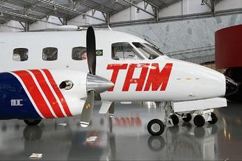 PP-SBG - TAM Embraer EMB-110 Bandeirante
