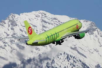 VQ-BCI - S7 Airlines Airbus A320