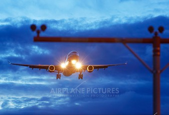 - - Swiss Airbus A330-300