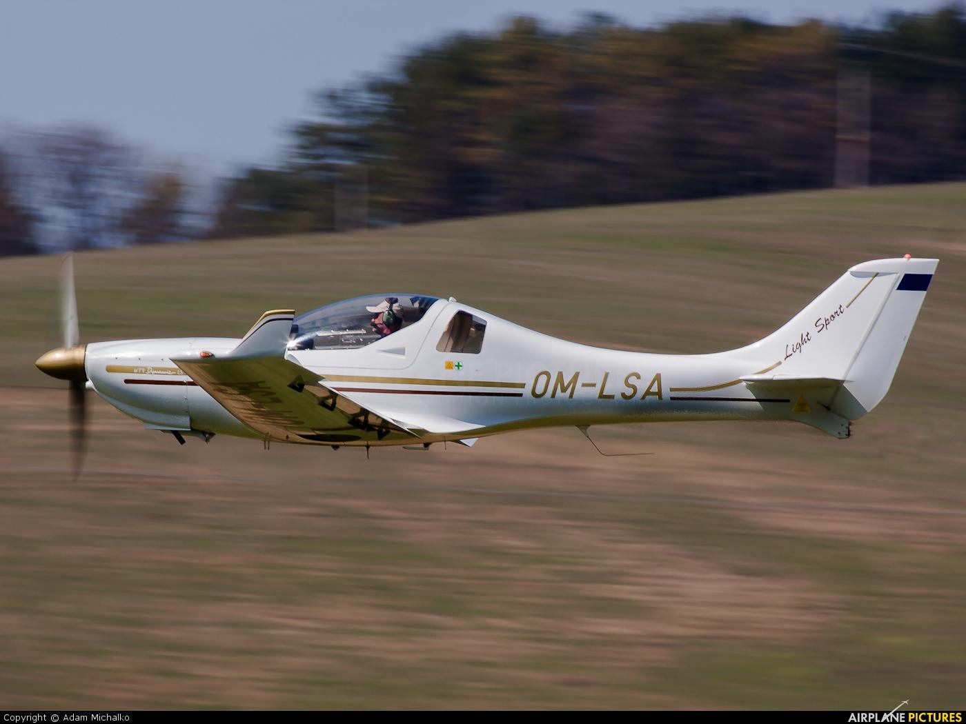 OM-LSA - Aerospool Aerospol WT9 Dynamic at Prievidza ...
