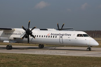 G-JECY - Brussels Airlines de Havilland Canada DHC-8-400Q / Bombardier Q400