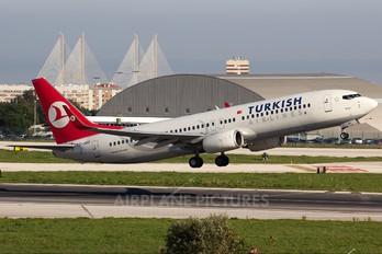 TC-JGO - Turkish Airlines Boeing 737-800