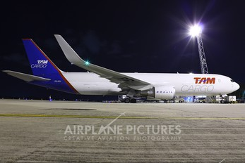 PR-ADY - TAM Cargo Boeing 767-300F
