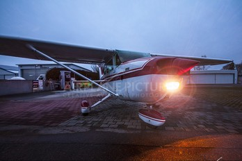 D-EEKL - Private Cessna 172 Skyhawk (all models except RG)