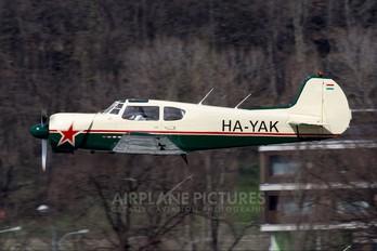 HA-YAK - Private Yakovlev Yak-18T