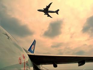 - - Belavia Boeing 737-500