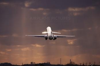 JA8070 - JAL - Japan Airlines McDonnell Douglas MD-90