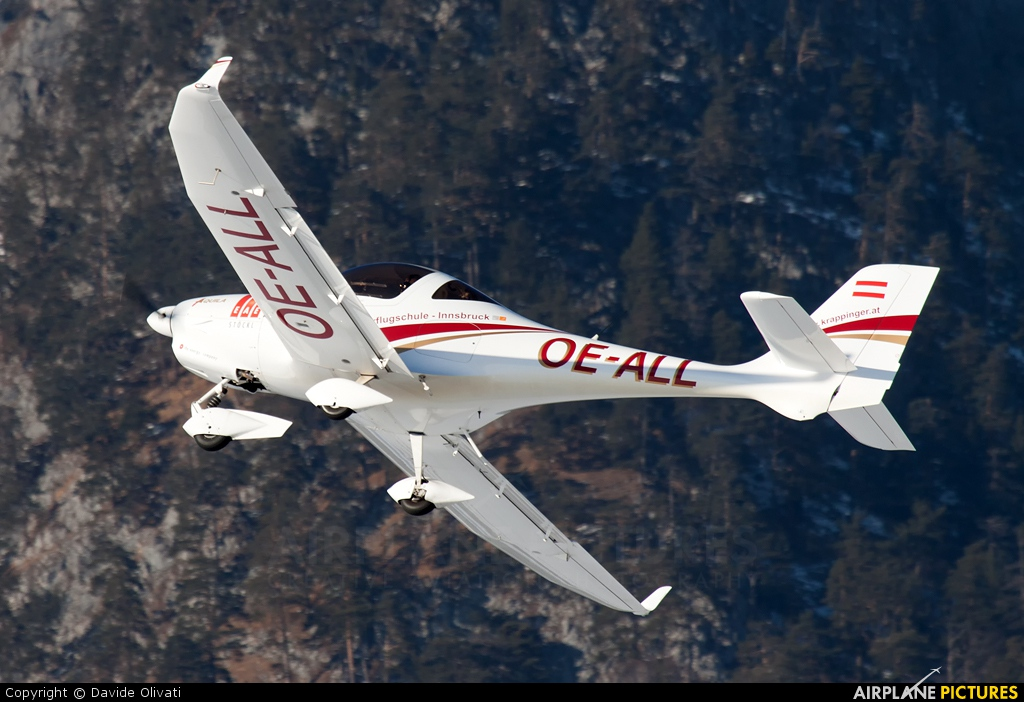Private OE-ALL aircraft at Innsbruck