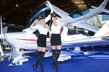 - - Aviation Heritage - Aviation Glamour - Model