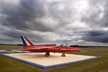 "XP502 - Royal Air Force ""Red Arrows"" Folland Gnat (all models)"