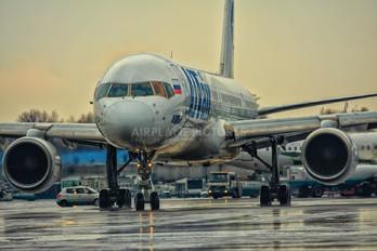 VP-BQA - UTair Boeing 757-200
