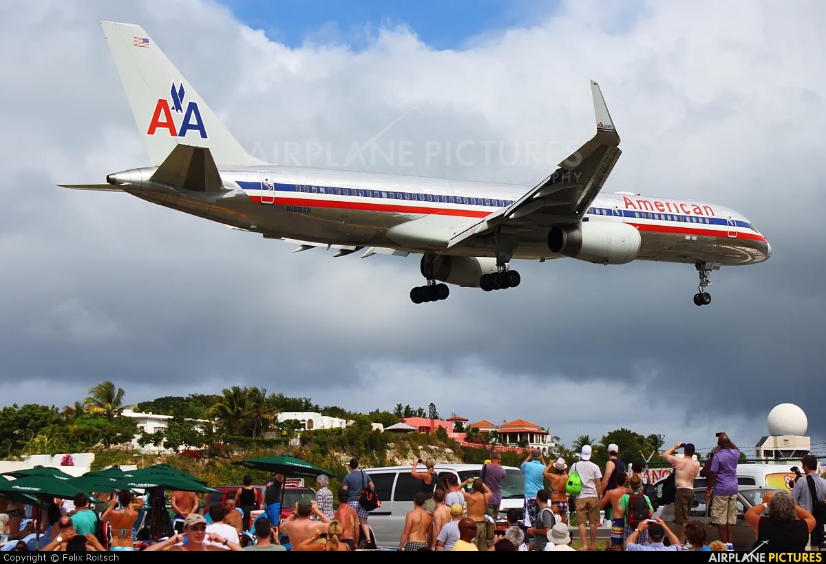 American Airlines N188AN aircraft at Sint Maarten - Princess Juliana Intl