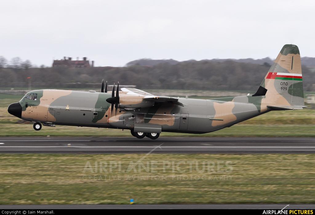 Oman - Air Force 525 aircraft at Prestwick