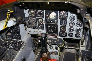 - - USA - Navy McDonnell Douglas F-4 Phantom II