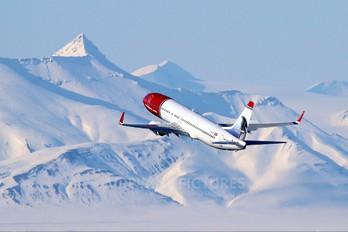 LN-NOV - Norwegian Air Shuttle Boeing 737-800