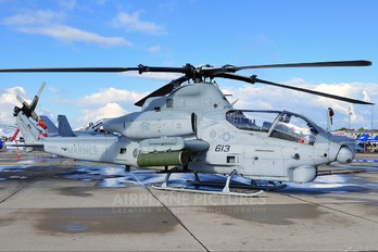 168001 - USA - Marine Corps Bell AH-1Z Viper