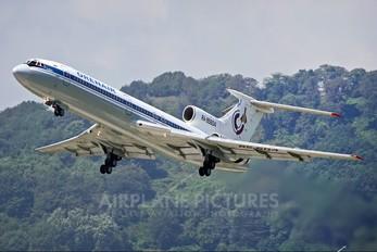 RA-85604 - Orenair Tupolev Tu-154B