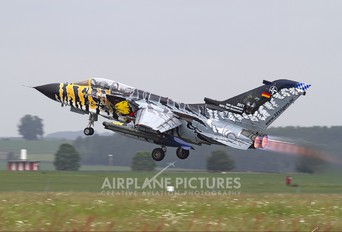 46+33 - Germany - Air Force Panavia Tornado - ECR