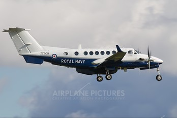ZZ500 - Royal Navy Beechcraft 300 Avenger T.1