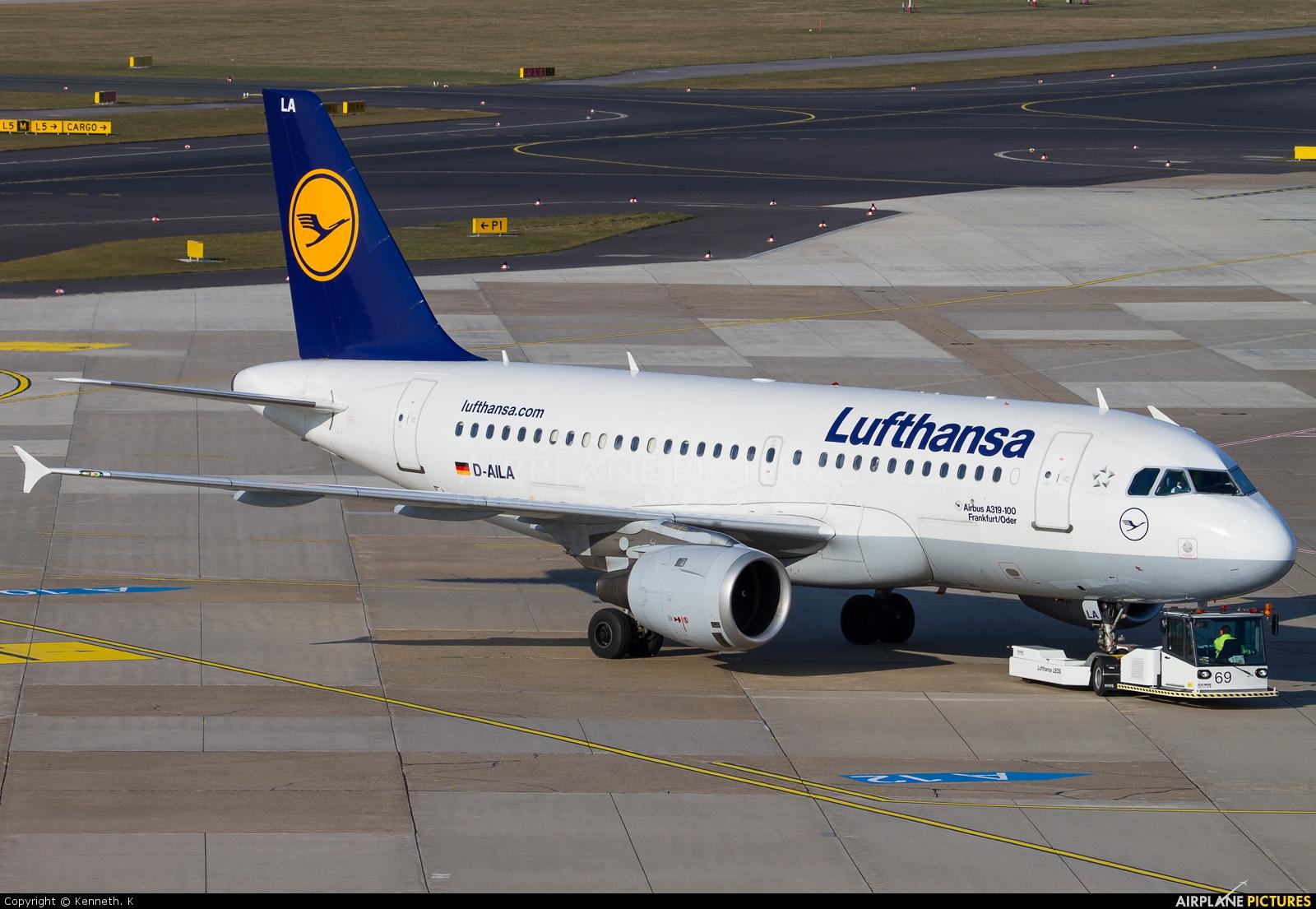 Lufthansa D-AILA aircraft at Düsseldorf
