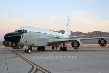 62-4132 - USA - Air Force Boeing RC-135W Rivet Joint
