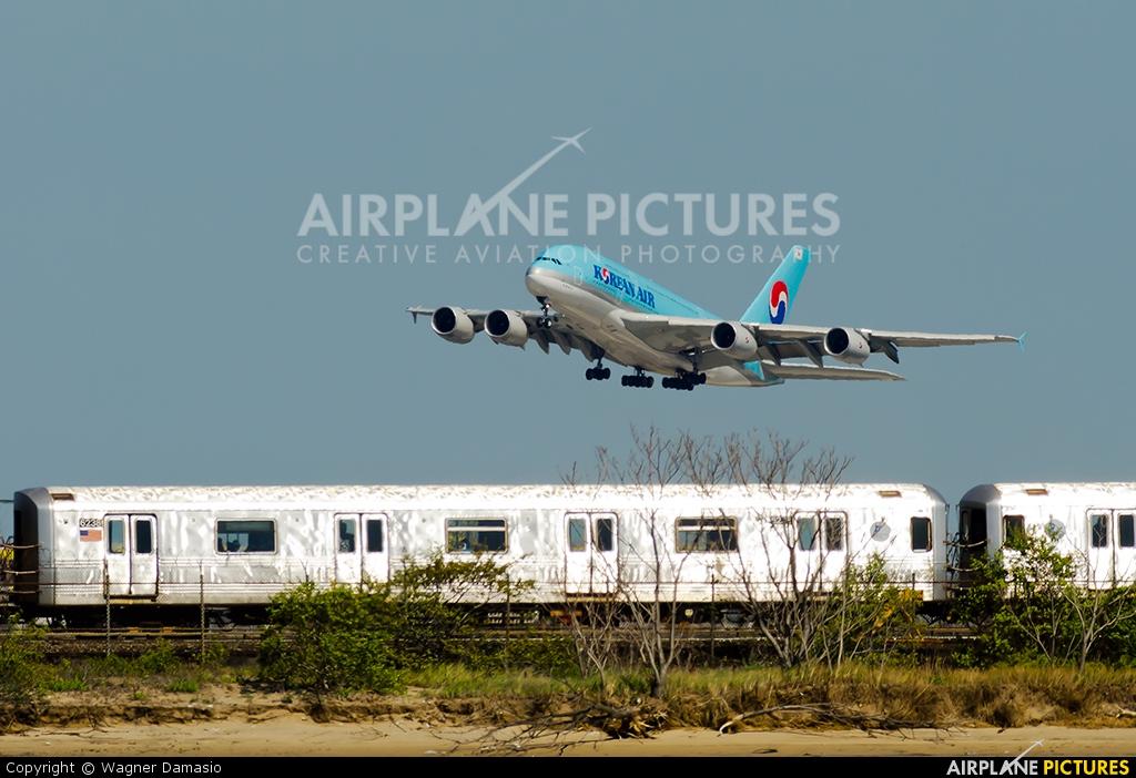 Hl7612 - Korean Air Airbus A380 At New York
